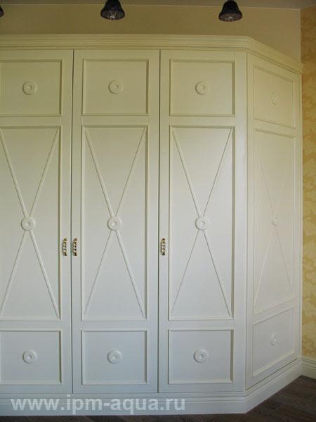Встроенные шкафы распашные - interior.